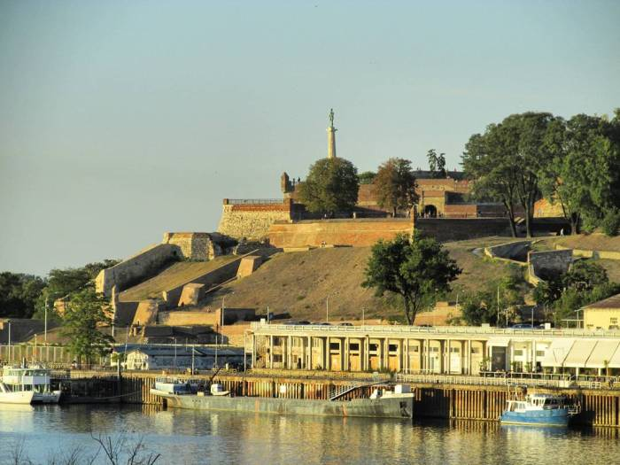 VIEW FROM QUAY TO KALEMEGDAN FORTRESS
